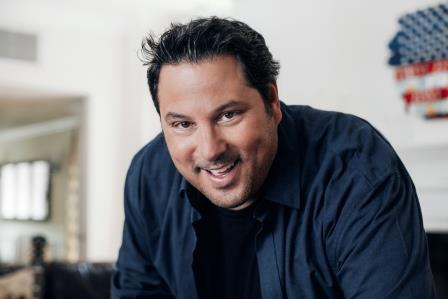 Actor Greg Grunberg and TV Host Leeza Gibbons on Ask MomRN Show