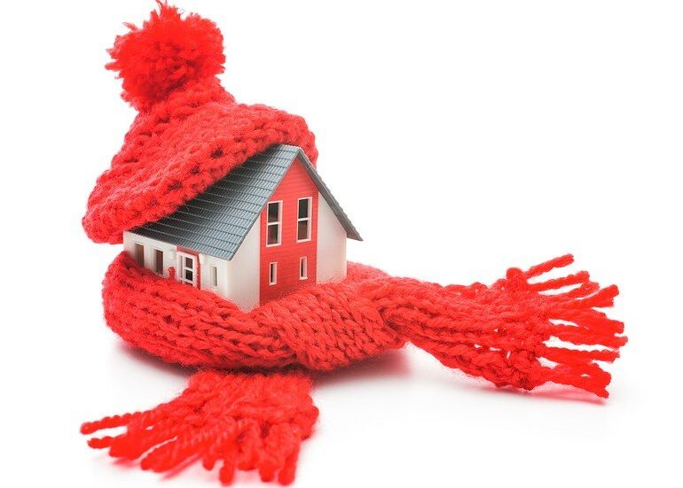 Holiday Winter Tips to Keep Your Family Safe and Warm - MomRN